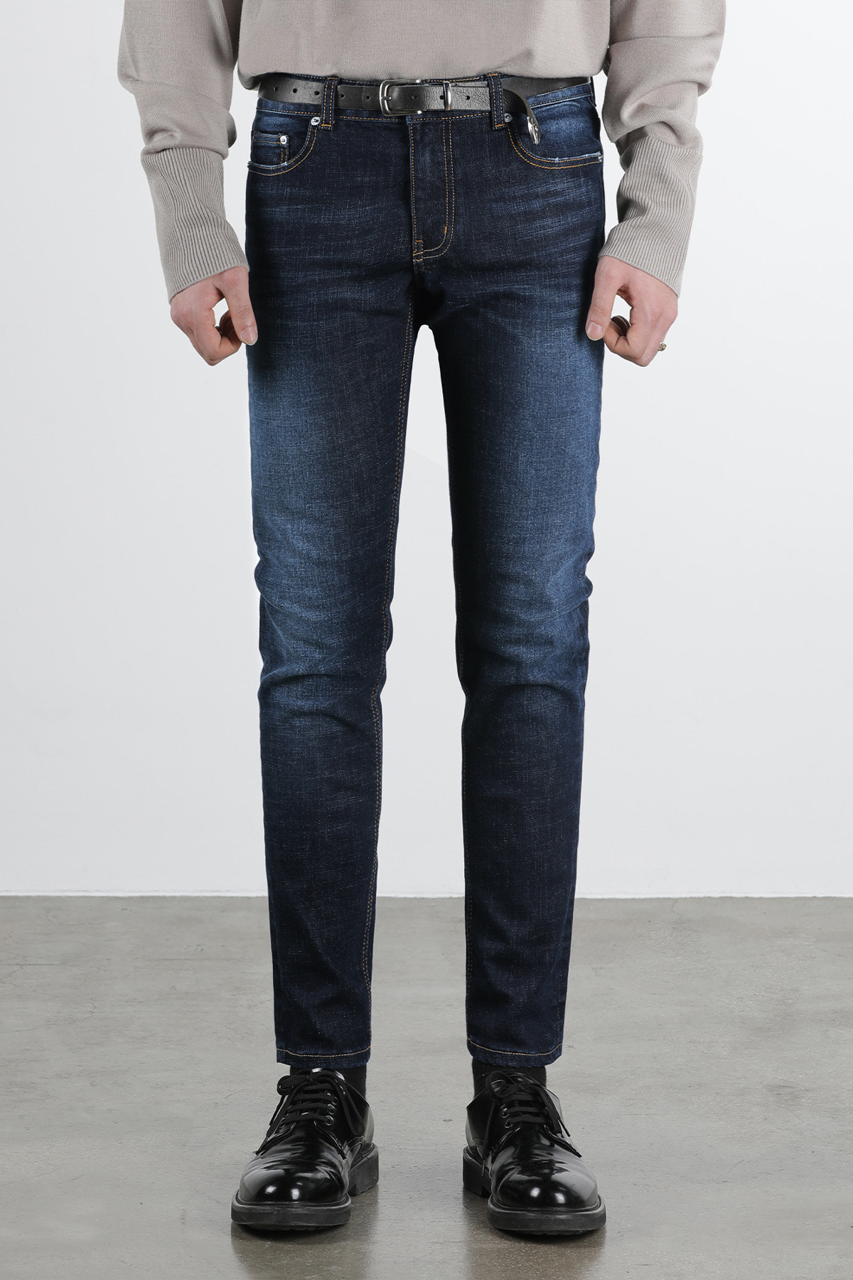 페이탈리즘 #0083B Dude blue washed crop jeans (un cutting)
