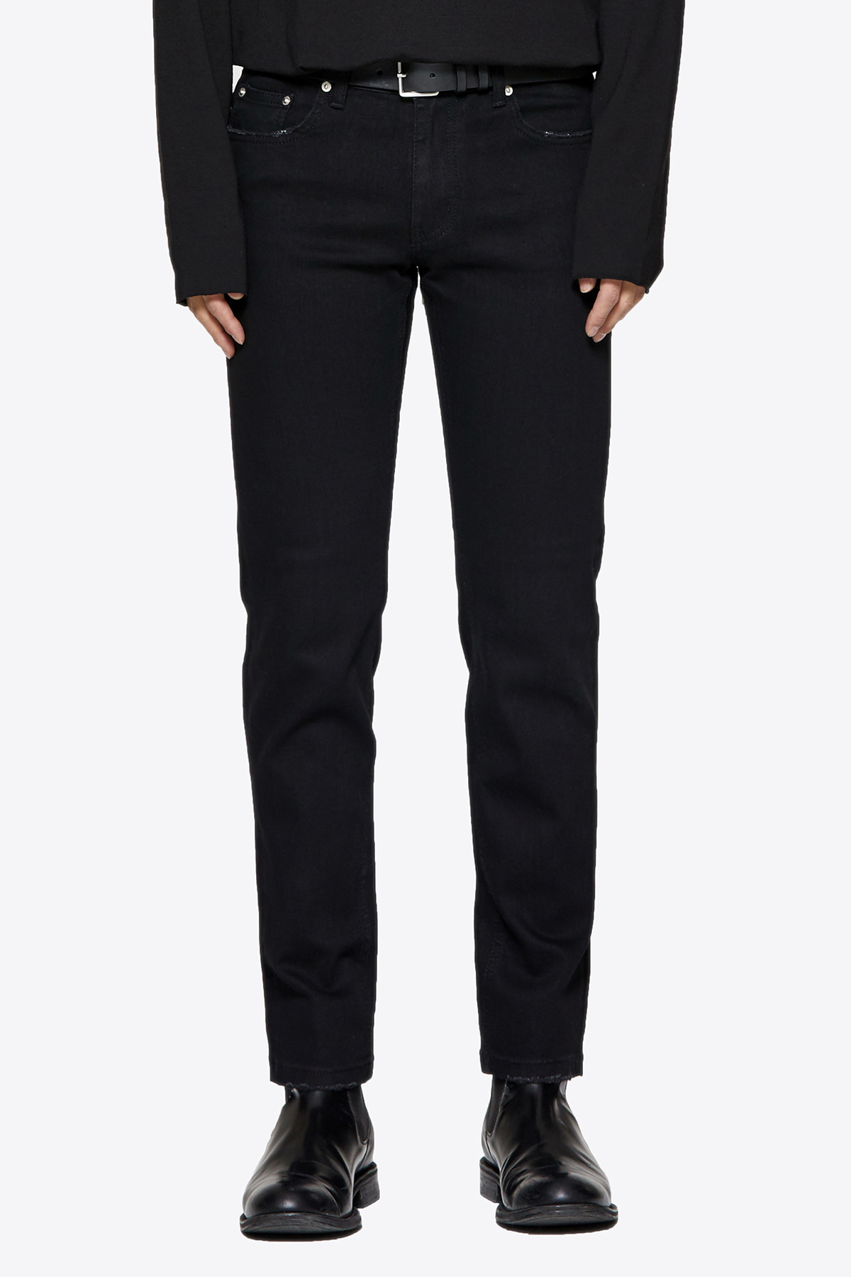 페이탈리즘 #0082 black normal crop jeans